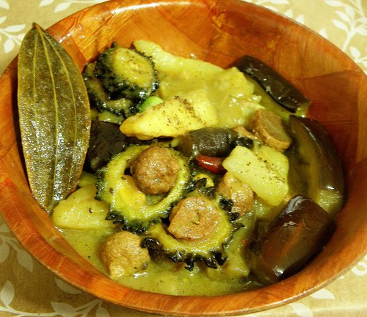 Shukto or bengali style mixed vegetable vegetarian recipes all bengali recipe of shukto or shuktoni step by step photos and instructions for cooking shukto forumfinder Gallery